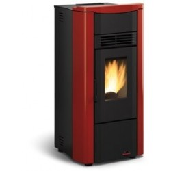 "Stufa a pellet ""Giusy"" by Nordica Extraflame"